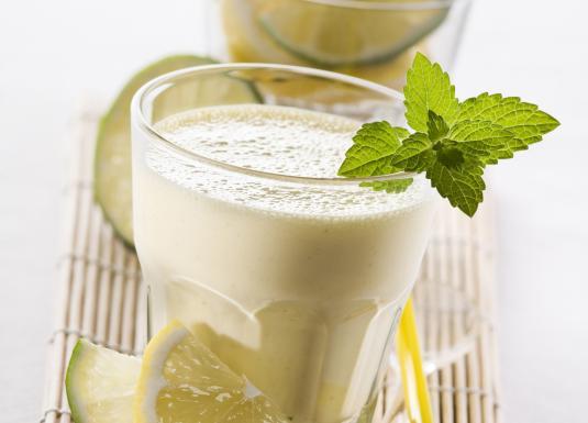 Mint and lemon milkshake.jpg